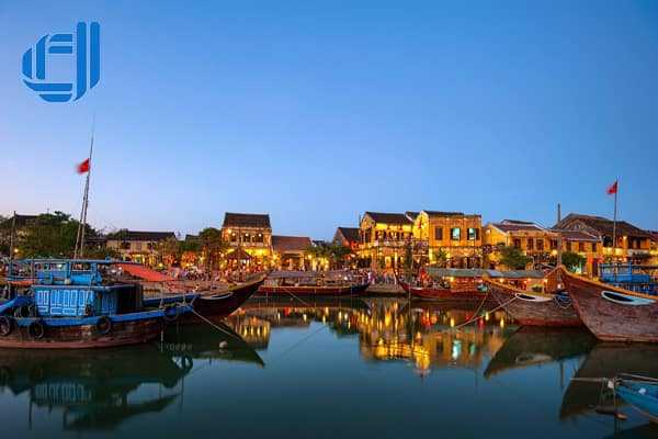 Tour Du Lịch Miền Trung 5 Ngày 4 Đêm Bao Gồm Máy Bay Trọn Gói.