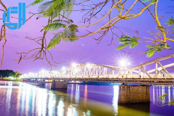 Tour Đà Nẵng Hội An Huế 2 ngày 1 đêm lịch trình hợp lí trọn gói