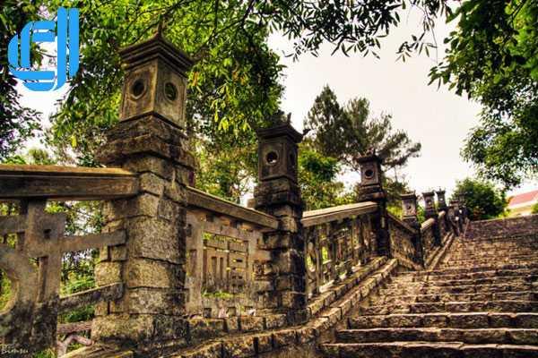 Tour du lịch miền Trung 5 ngày 4 đêm khuyến mãi giá cực sốc